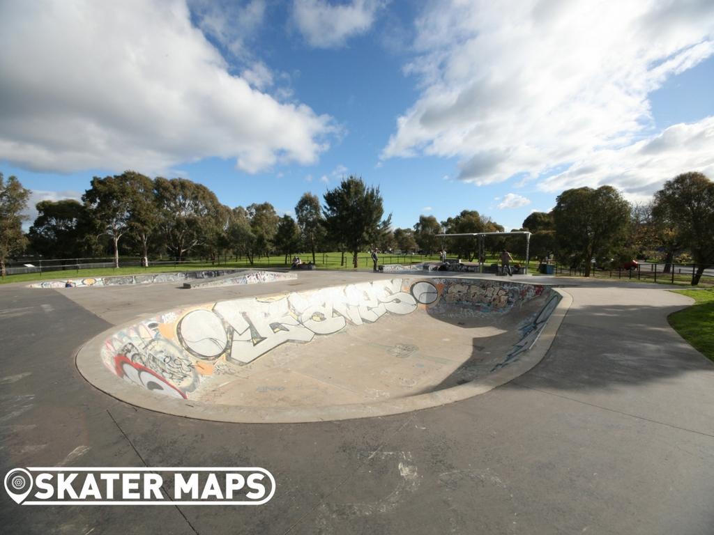 Elwood Skate Bowls, Elsternwick Vic Australia Skateparks