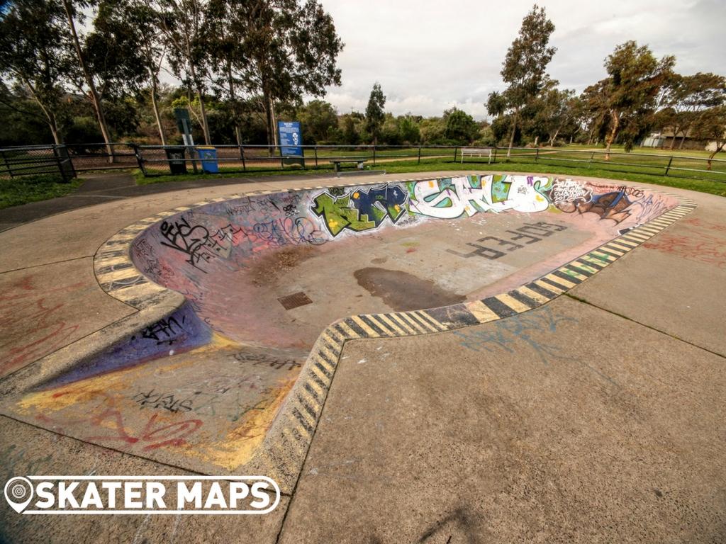 sandringham-victoria-skate-bowl-by-skater-maps-5