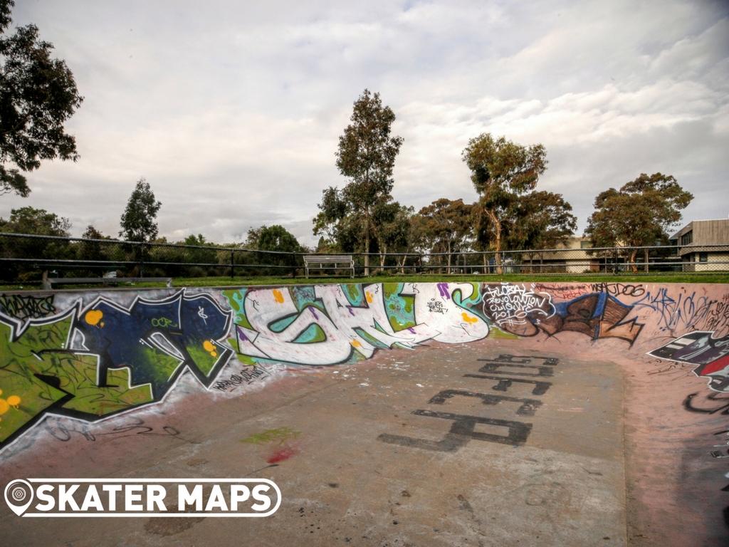 sandringham-victoria-skate-bowl-by-skater-maps-9