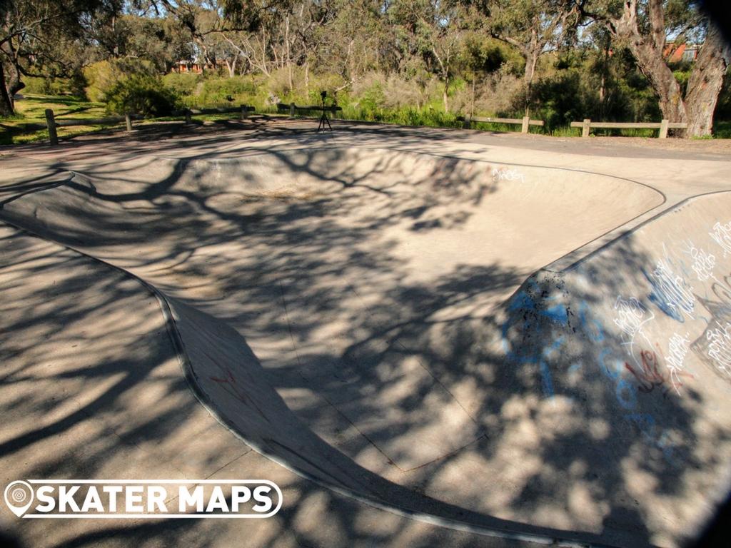 Horsham Skate Bowl, Horsham Victoria Australia Skateparks