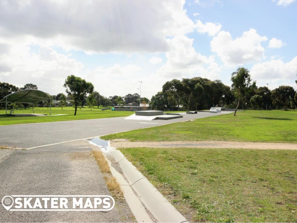 Melbourne Skateparks | Pines Skatepark, Near Frankston