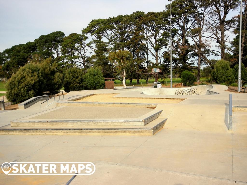 Mount Eliza Skatepark Mornington Peninsula Victoria skateparks