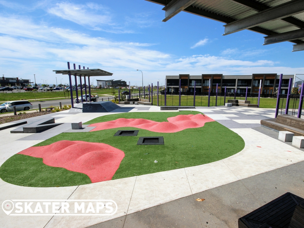 Youth Park Vantage Ave, Clyde North VIC