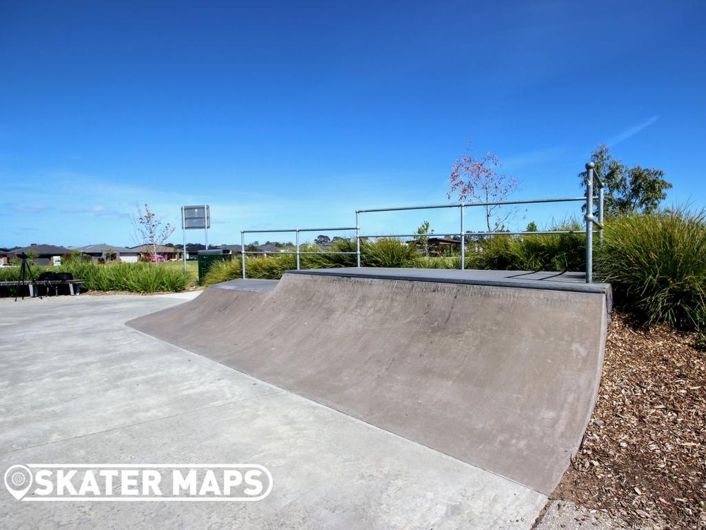 Ambrosia Estate Skatepark, Cranbourne. Melbourne Skateparks Near Me