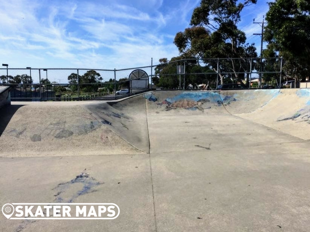 Feature and Hlft Skate Bowl Clifton Springs