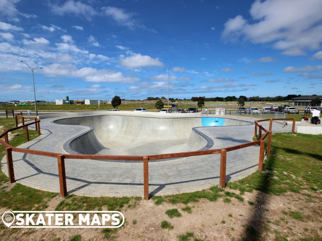 Torquay North Skatepark. Scooter, BMX, Skate Park & Bowl