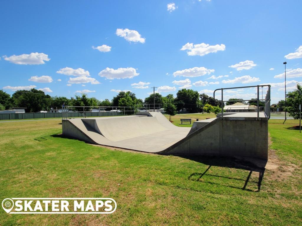 Chiltern Mini Ramp Skatepark, Chiltern Vic