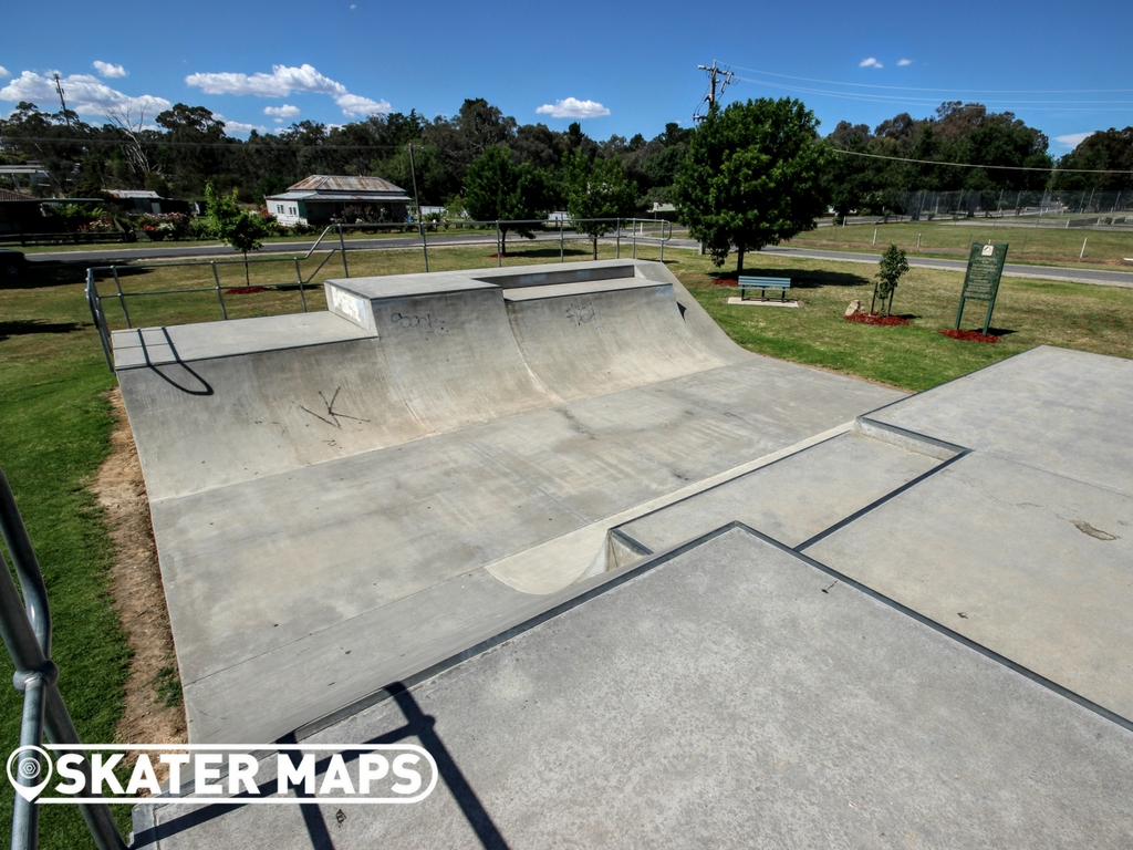 Chiltern Mini Ramp Skatepark, Chiltern Vic