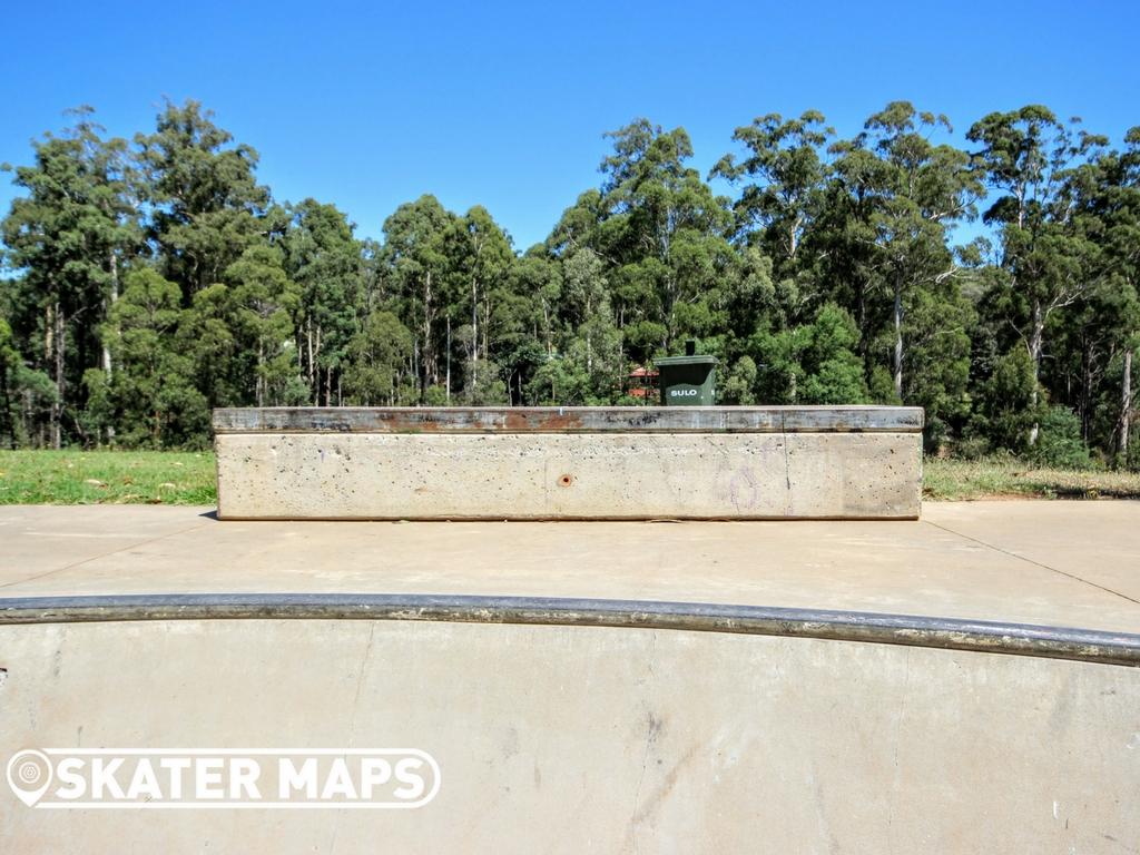 Cockatoo Skate Bowl Skatepark Vic Australia Skateboard Parks