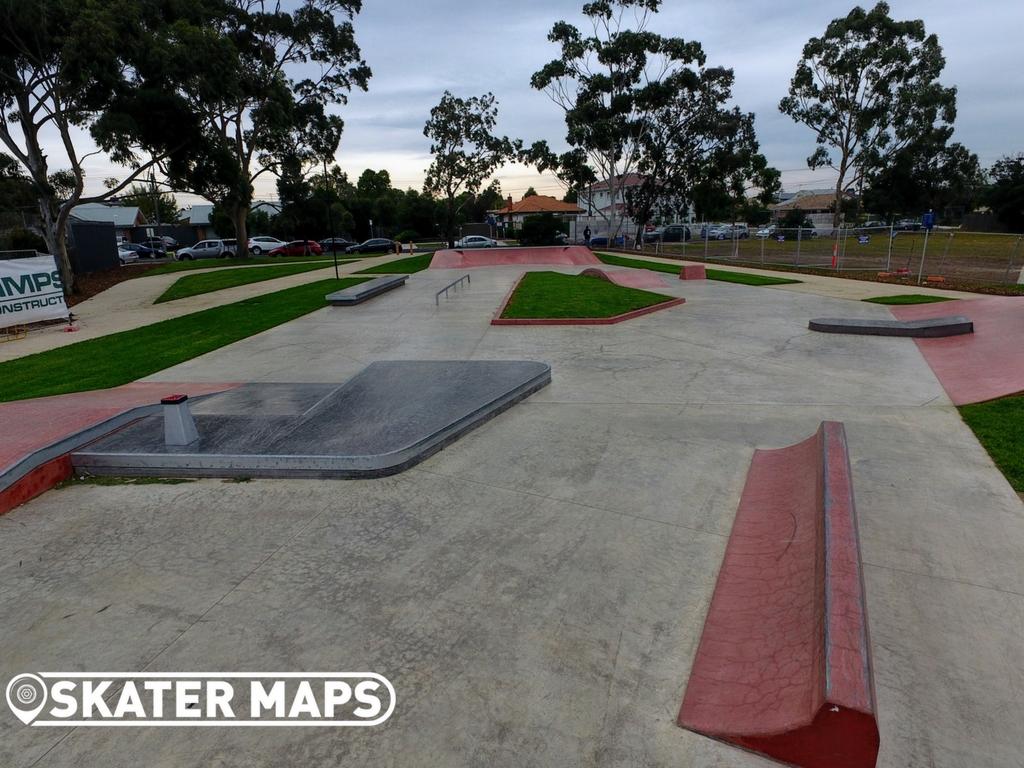 Sunshine Plaza Skatepark