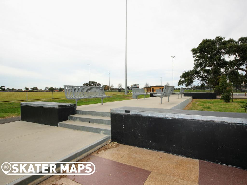 Roxburgh Skatepark Melbourne Skate Parks