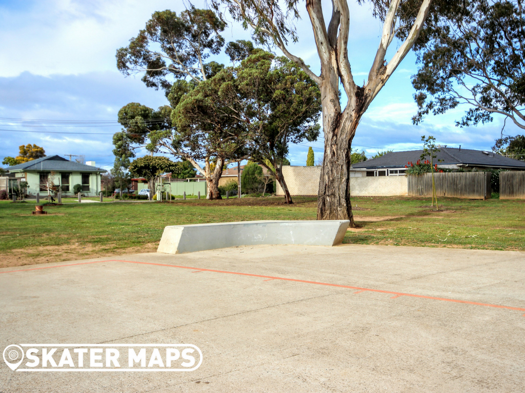 Eldan Park Skatepark, Werribee Vic Australia Skateparks