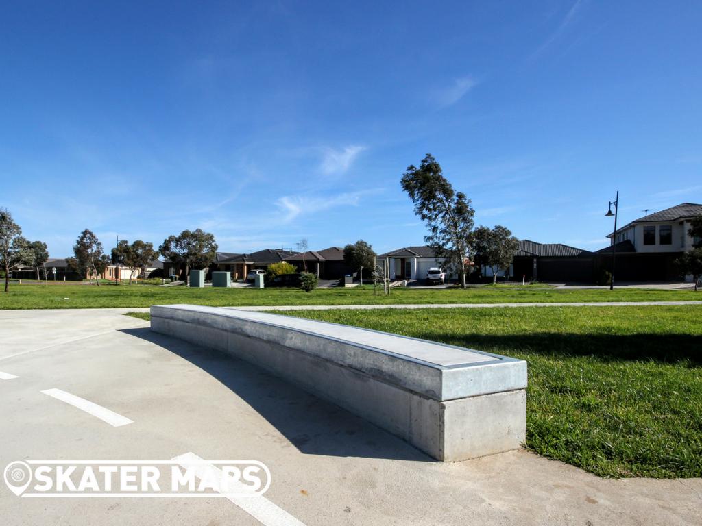 Skatepark Truganina Ledges Vic Australia Skateparks