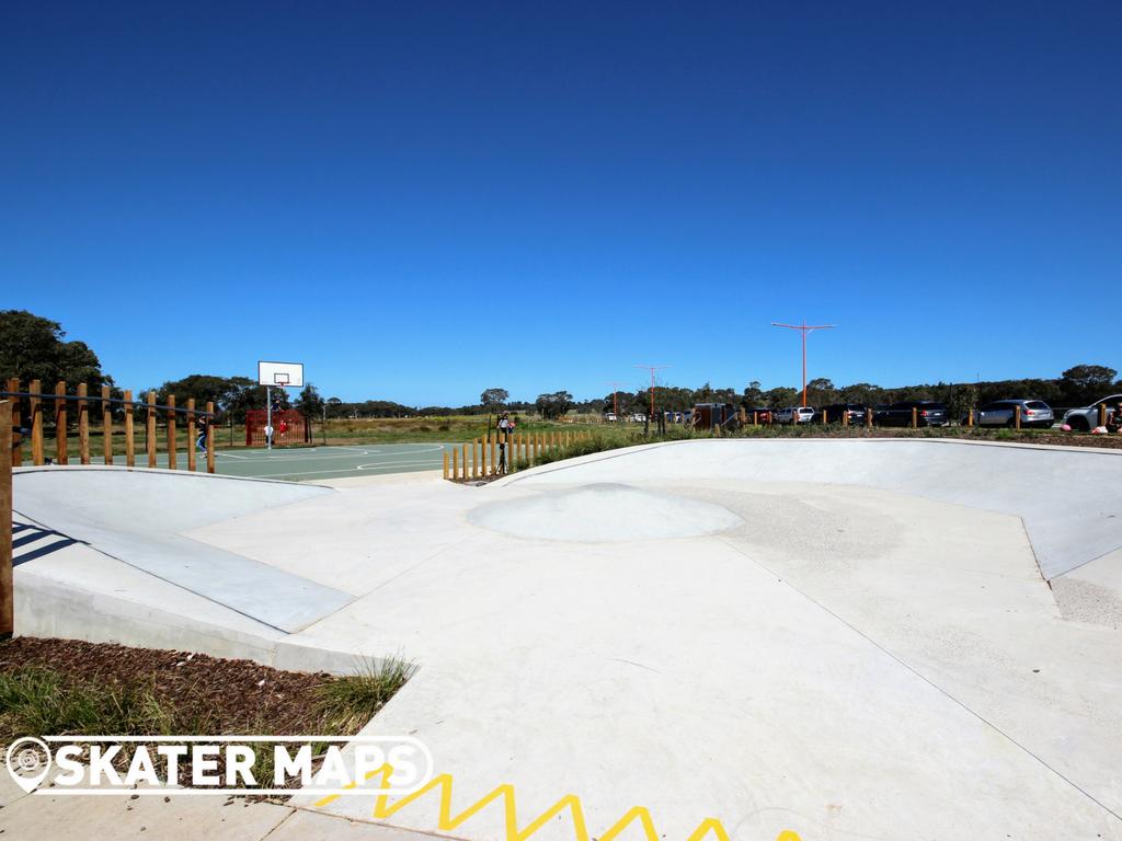 Armstrong Creek Skatepark Mount Duneed Geelong Vic Skateboard Parks