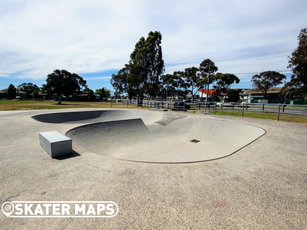 Craigieburn Skate Bowl Skatepark