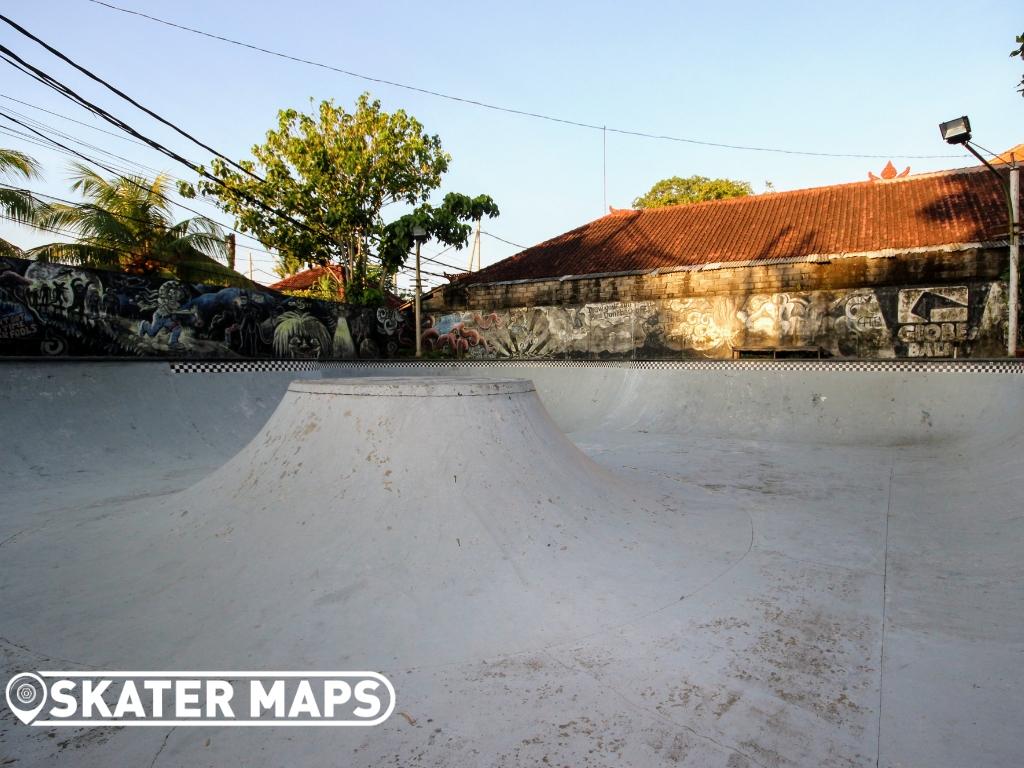 Globe Skateboarding Bowl Indo