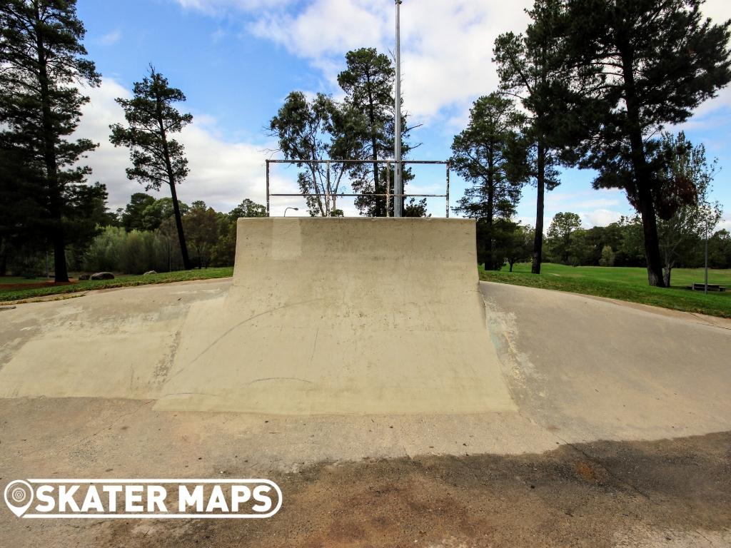 Fadden Skatepark / Bowl Canberra ACT Australia