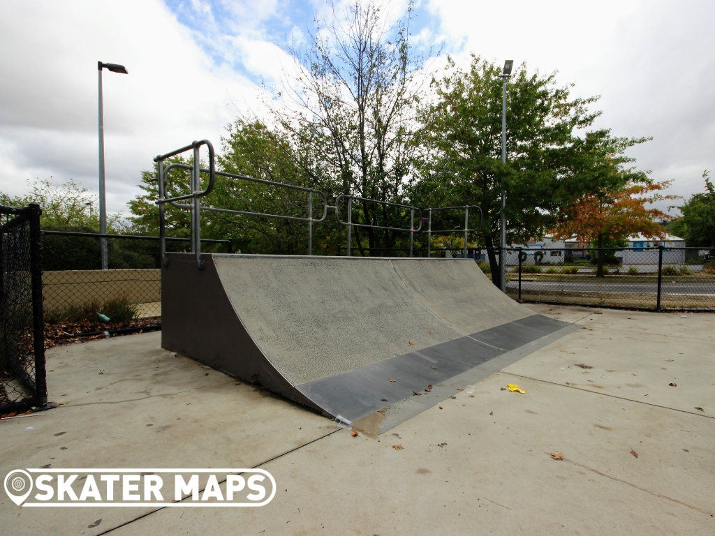 Lanyon Skate Park Skatebord Skatepark ACT Australia